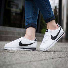 807471101-NIKE CORTEZ LEATHER BLANC/NOIR-lesportifNIKE CORTEZ LEATHER BLANC/NOIR Nike Home 269.80 DT product_reduction_percent