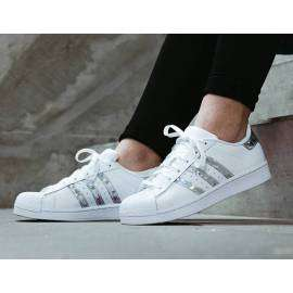 f33889-CHAUSSURES SUPERSTAR-lesportifCHAUSSURES SUPERSTAR Adidas Femme 244.86 DT -20%